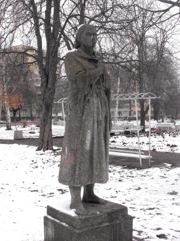 statue_.jpg