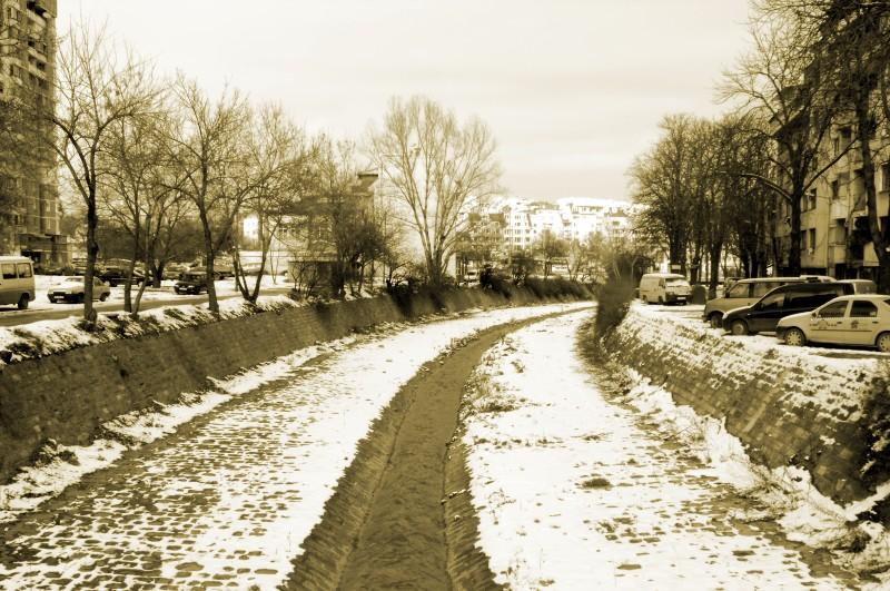 round_river.jpg